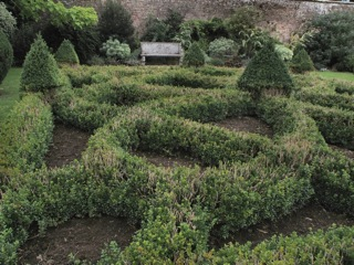 Gardens in East Sussex a 'hands on' day out – Updated April 2015