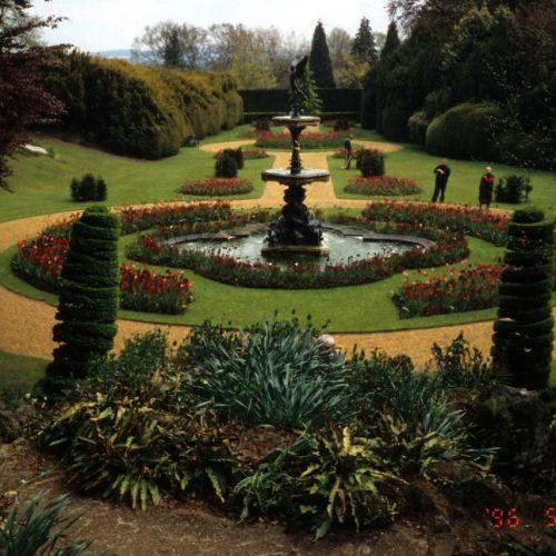 Ascott Garden - Wing near Leighton Buzzard Buckinghamshire - 2