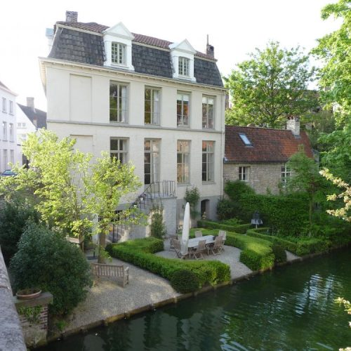 Brugges - private garden 2009