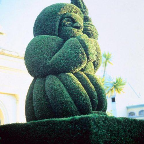 Mexico sculpture - 1 In a Mexican garden