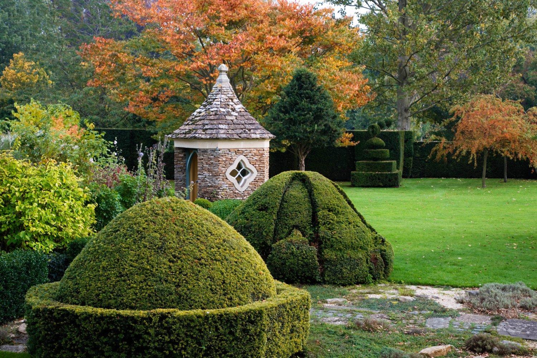 Highgrove Topiary (3)